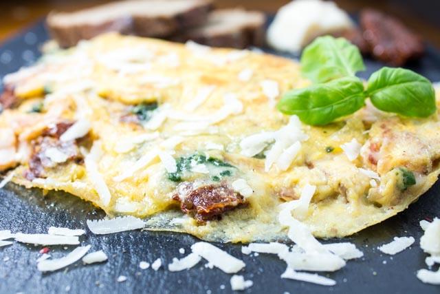 Weltbestes Omelett Calzone mediterraner Art