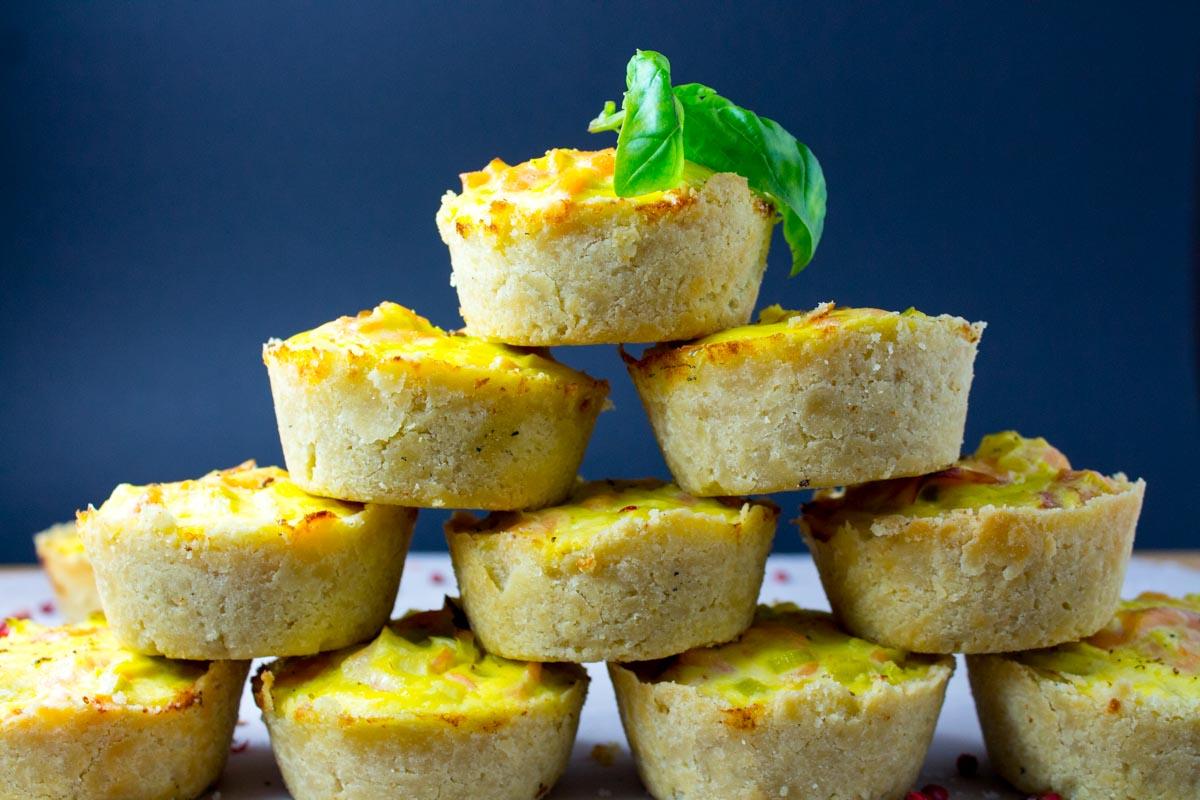 Fabelhafte Lachs-Lauch Quiche – Muffins, ja: Muffins!