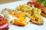 3 geniale Süßkartoffel-Toast Varianten für jede Tageszeit