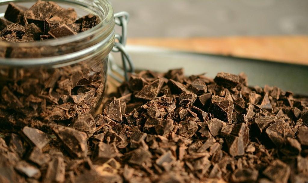 Aktuelle Studie bestätigt: Dunkle Schokolade verbessert dein Gedächtnis